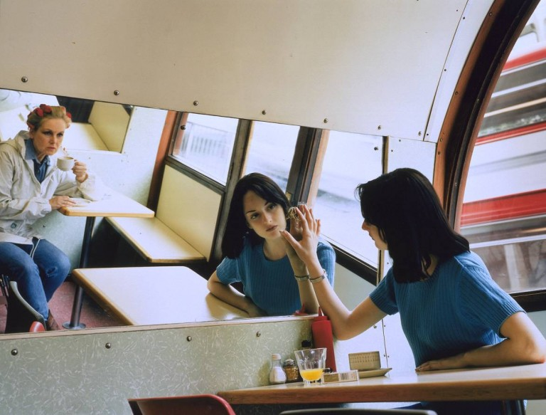 Hannah Starkey, Untitled - May 1997